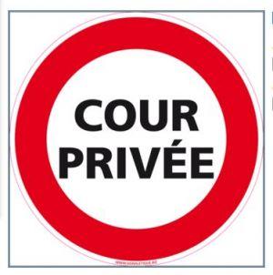 COUR PRIVÉE (D0959)